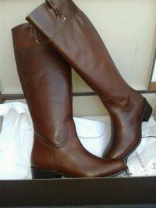 mis botas nuevas